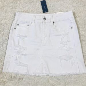 NWT American Eagle Vintage White Denim Mini Skirt